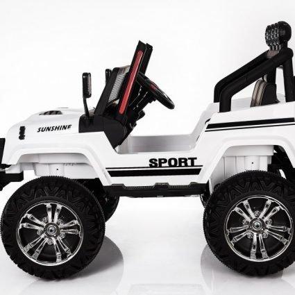 Электромобиль Jeep S2388 белый цвет (2х местный, полный привод, колеса резина, кресло кожа, пульт музыка)