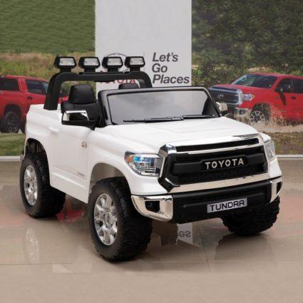 Электромобиль Toyota Tundra JJ2266 белый (двухместный, колеса резина, кресло кожа, музыка)